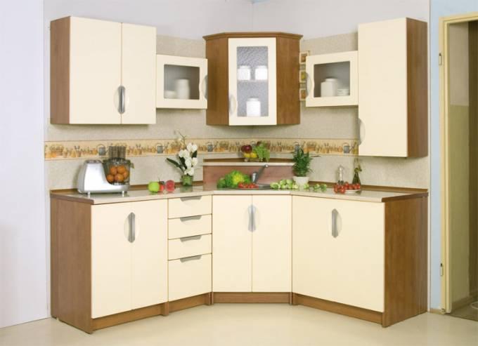 Rohová kuchyně na míru Klamka - Vanilka