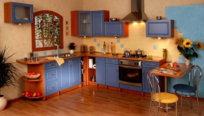 Rohová kuchyně na míru Kvadrát - modrá kuchyň