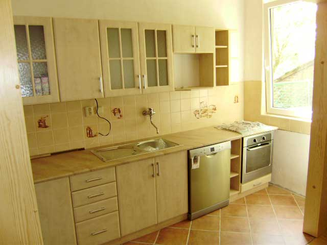 Kuchyně Mydelko klon 340 cm