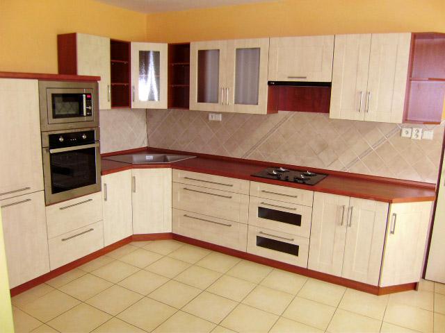 Moderní rohová kuchyně Wybrano klon - kalvádos