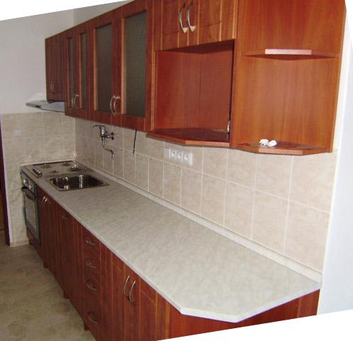 Paneláková kuchyně Ramiak 310 cm