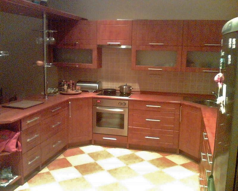 Rohová kuchyně do U Wybrano