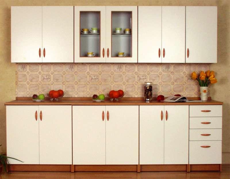 Kuchyně na míru TINA 260 cm