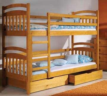 Dětská patrová postel Irek z masivu a s úložným prostorem
