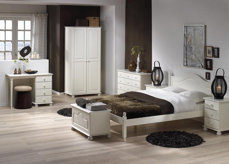 Dřevěná sektorová ložnice Richmond 2 bílá