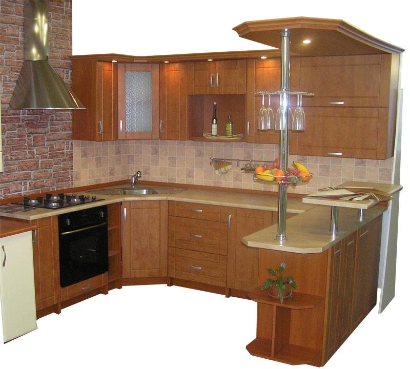 Moderní rohová kuchyně do U Ramika s okrasnou rampou
