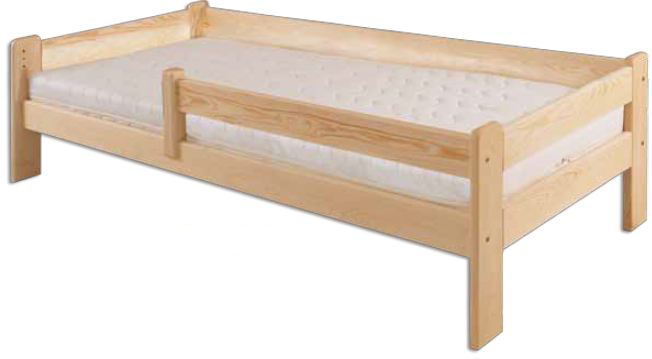 Dřevěná postel z borovice