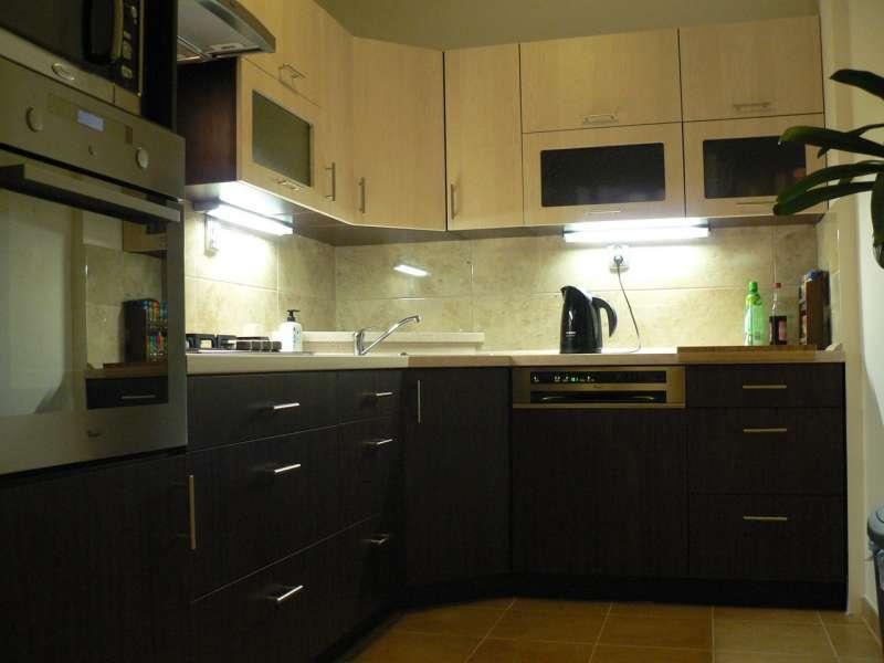 Moderní rohová kuchyně Formát