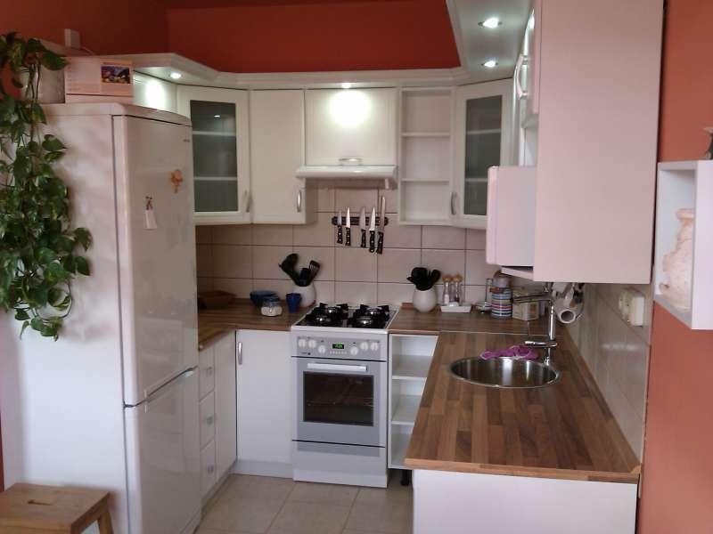 Rohová kuchyně do U Atos