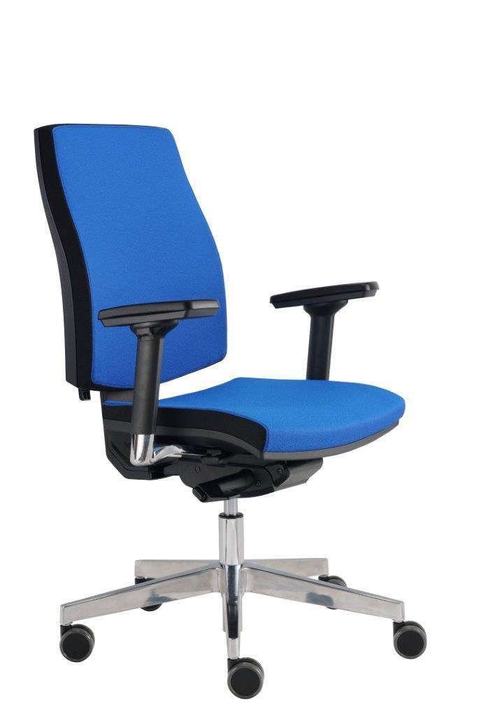 Precizně zpracovaná kancelářská židle Job