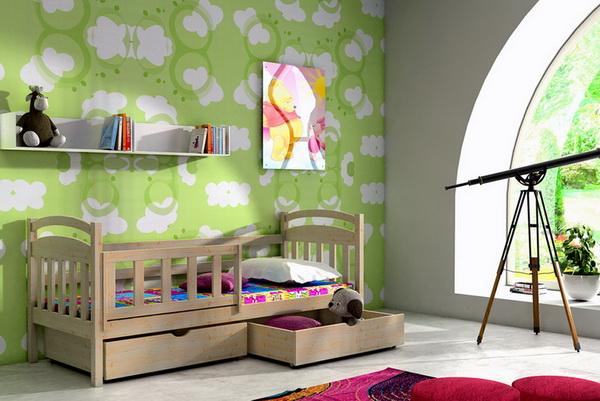 Dětská dřevěná postel se zábranou VL 01