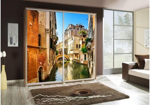 Šatní skříň s posuvnými dveřmi a obrázkem P - Benátky 3