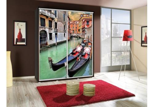 Šatní skříň s posuvnými dveřmi a obrázkem P - Benátky 1