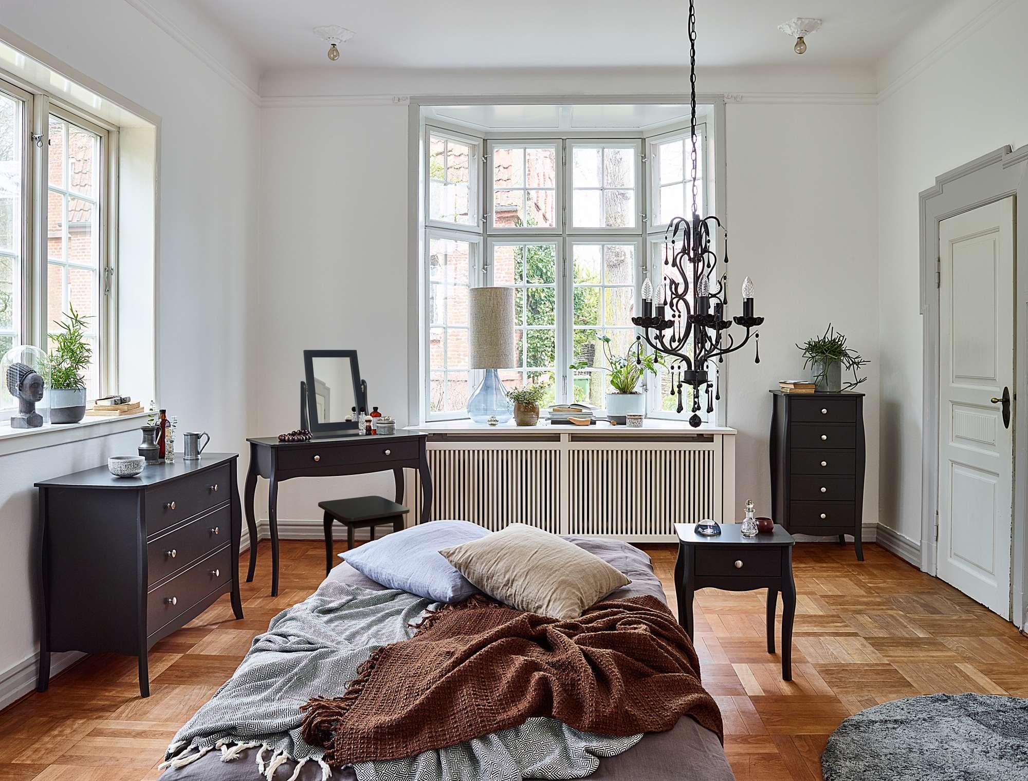 Ložnice v romantickém stylu Baroque