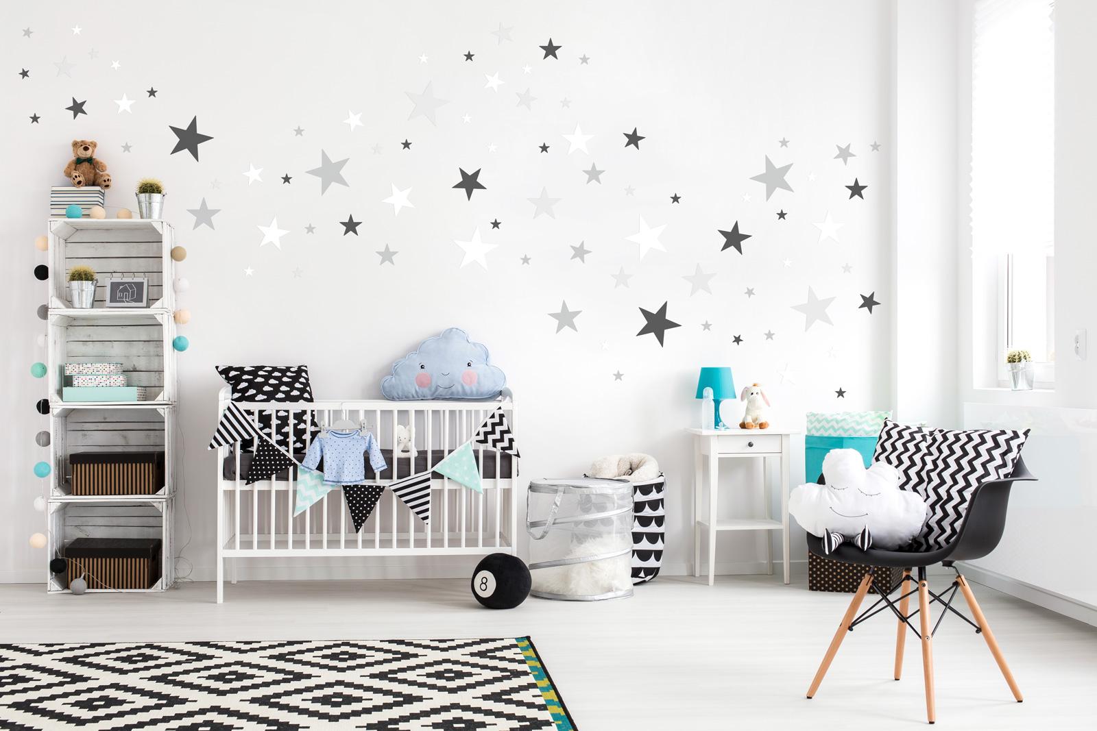 Dekorace na zeď - hvězdičky šedá/bílá